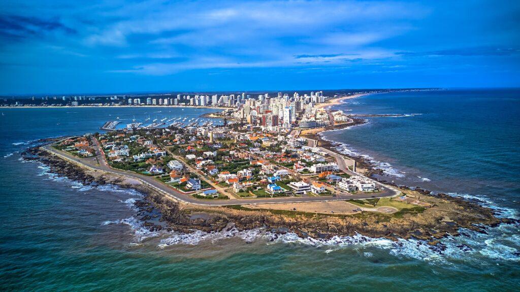 Vuelven los vuelos entre Buenos Aires y Montevideo y Punta del Este