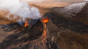 El volcán en Islandia con la erupción más larga en los últimos 60 años