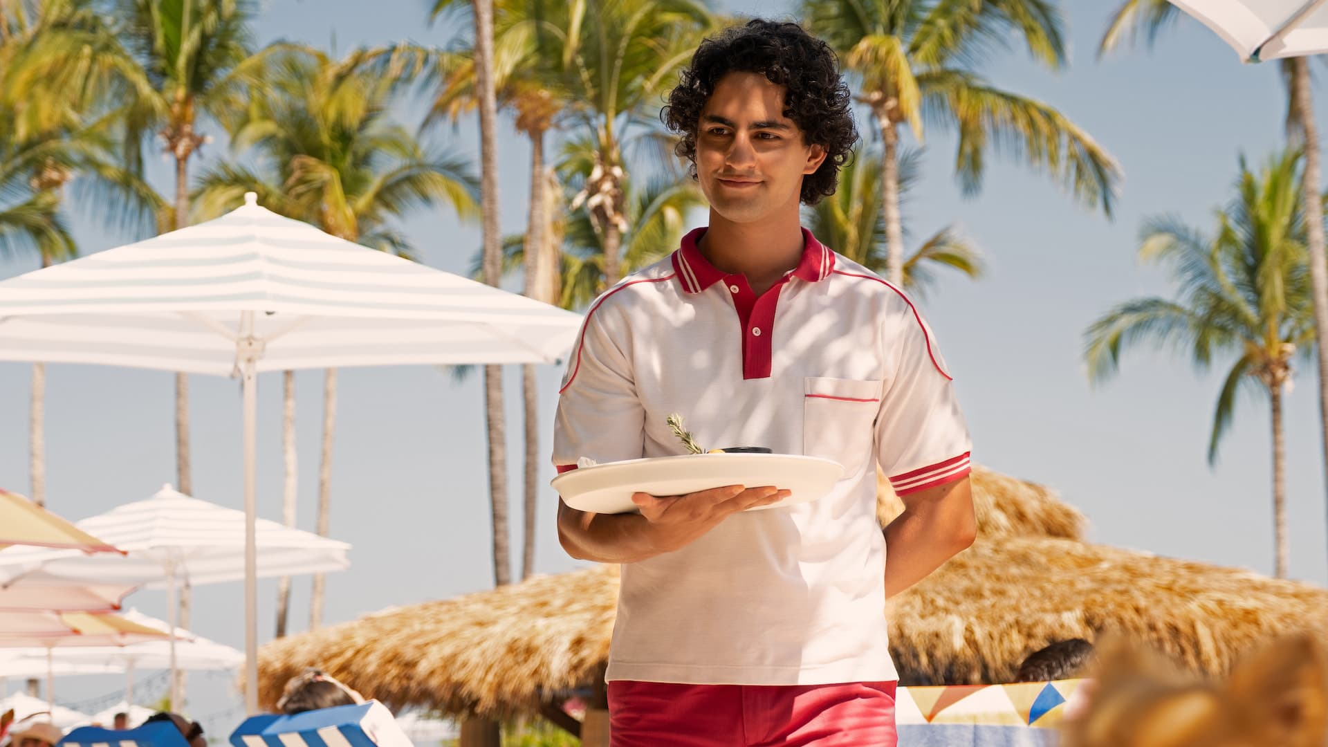 REVIEW Acapulco: la nueva serie favorita para ver en Apple TV Plus —  Conocedores.com