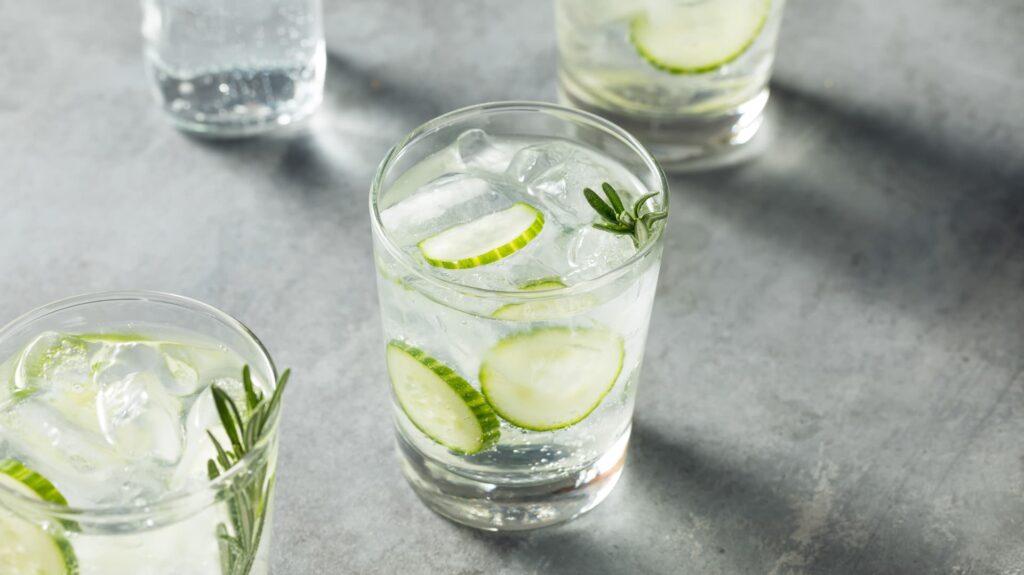 ¿Cómo se dice correctamente? Gin Tonic, Gin and Tonic o G and T