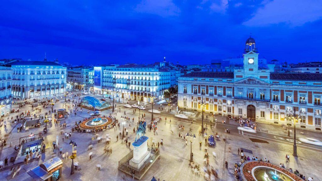 ¿Cuáles son los requisitos para viajar a España? ¿Vacunas o PCR?